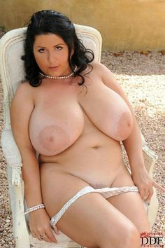 Amateur couples swapping partners