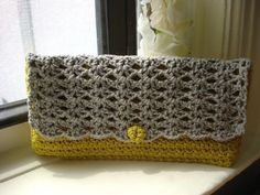 clutch crochet metallic
