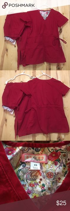 """Koi Scrub Set XS Top Small Petite Pant EUC Koi Scrub Set XS Top has 2 Front Pockets and ties on the side Pant is Koi Lindsey Cargo Pant Small Petite Inseam 28"""" Chary is a guide only Feel Free to Make an offer Koi Other"""