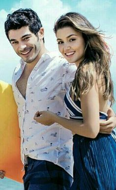 Hayat and Murat Cute Love Couple, Beautiful Couple, Beautiful Celebrities, Beautiful Actresses, Romantic Couples, Cute Couples, Murat And Hayat Pics, Most Handsome Actors, Wedding Couple Poses Photography