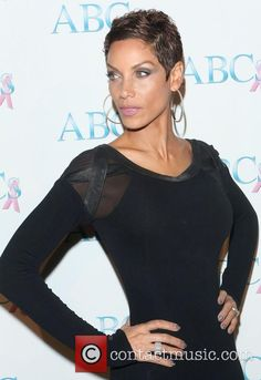 Nicole Murphy Saturday November ABC's Annual The Talk of The Town Gala Pictures) Curly Haircuts, Short Hairstyles, Nikki Baby, Nicole Murphy, Beautiful Dresses, Beautiful Women, Black Goddess, Natural Hair Styles, Long Hair Styles