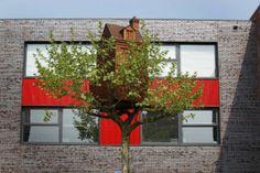 2 Treehouses by Florentijn Hofman