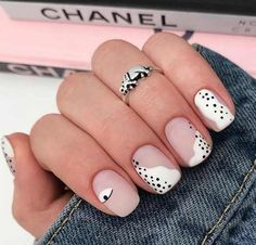 by Lion Nails Classy Nails, Stylish Nails, Trendy Nails, Aycrlic Nails, Hair And Nails, Pink Manicure, Art Nails, Coffin Nails, Matte Acrylic Nails