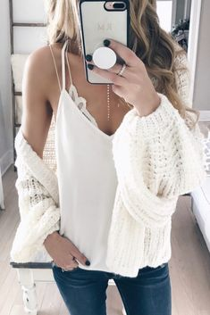 See our very easy, comfortable & simply neat Casual Fall Outfit ideas. Get influenced with your weekend-readycasual looks by pinning one of your favorite looks. casual fall outfits for women Casual Winter Outfits, Stylish Outfits, Spring Outfits, Cute Outfits, Fashion Outfits, Fashion Women, Outfits Juvenil, White Bralette, Cardigan Outfits
