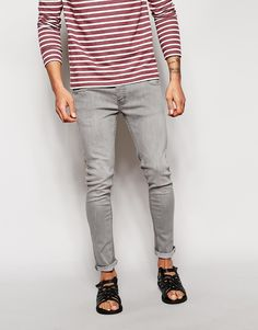 "Jeans by Bravesoul Firm stretch denim Concealed fly Five pocket design Skinny fit- cut closely to the body Machine wash 98% Cotton, 2% Elastane Our model wears a 32""/81cm regular and is 188cm/6'2"" tall"