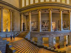 Great Stair Hall at the Philadelphia Museum of Art Philadelphia City Hall, Visit Philadelphia, Philadelphia Museum Of Art, Rodin Museum, Art Museum, Arch Street, Eastern State Penitentiary, African American Museum, East Coast Travel