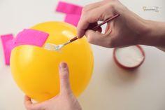 ¿Como hacer lámparas de papel paso a paso? - Manualidades y DIY en éste artículo en el que explicamos los pasos a seguir para crear nuestras propias lámparas de papel.