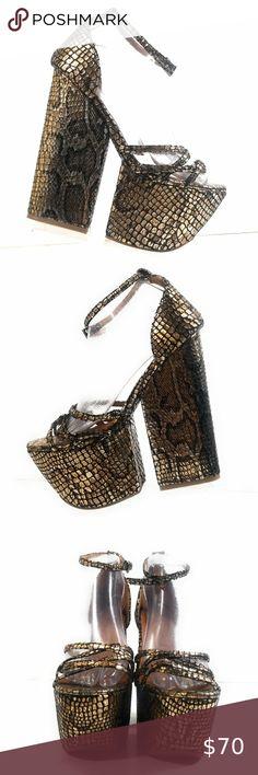 Jeffrey Campbell For Real Women Snake Wedges 8 M Ankle Strap Sandals, Jeffrey Campbell, Real Women, Fashion Design, Fashion Tips, Fashion Trends, Platforms, Snake, High Heels