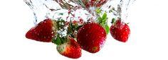 Een heerlijke milkshake maak je met verse aardbeien, en niet met siroop. Lees hier het eenvoudige recept voor de lekkerste aardbeienmilkshake.
