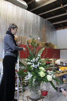 how to make a large scale urn arrangement flowers floral design huge class tutorial diy altar escort card table orchids dendrobium hydrangea