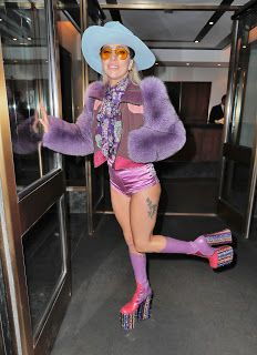 FOTOS HQ: Lady Gaga por las calles de Nueva York ~ Hey Lady Gaga