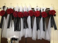 Diy decorate church pews with tulle for a wedding pinterest diy church pee decor for wedding junglespirit Choice Image