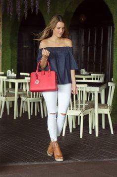 #FashionBySiman & Sofía Ávila: Una camisa denim Off shoulder para una ocasión casual.