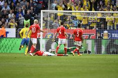 Emil Forsberg of Sweden scores the opening goal to 1-0 during the international friendly between Sweden and Wales at Friends Arena on June 5, 2016 in Solna, Sweden.