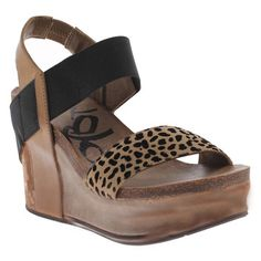Bushnell Wedge Desert, $109, now featured on Fab.