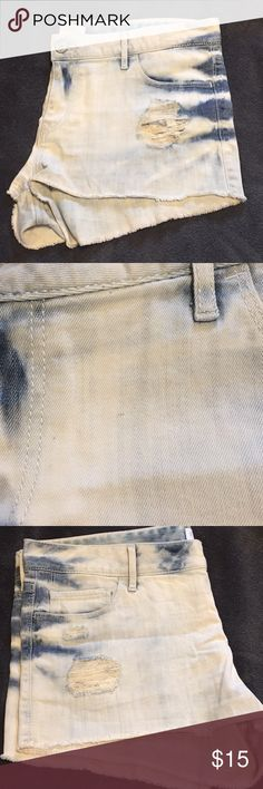 Express Denim Distressed Shorts Express Denim Shorts ▪️Distressed Light Denim  ▪️Size 12 ▪️ Extremely small spot as pictured in photo #2 on the front of shorts, it may come out in the washer ▪️Other than that perfect condition ▪️Feel free to make an offer! Express Shorts Jean Shorts