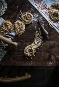 Home made pasta and how to Cut Tagliatelle, Tagliolini & Pappardelle