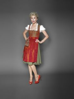 Kinga Mathe Dirndl FS 14