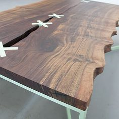 like the rough/smooth thing with this table