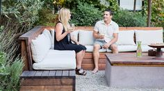 All the Brilliant Ways Banquettes Solve Home Design Problems - Sunset Magazine Outdoor Seating, Outdoor Rooms, Outdoor Sofa, Outdoor Living, Outdoor Decor, Patio Design, House Design, Ashley Furniture Chairs, Plywood Furniture