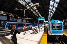 Ya están funcionando los 12 trenes 0KM del ramal Retiro-Tigre de la línea Mitre -- http://www.cfkargentina.com/renovacion-de-la-linea-mitre-12-coches-0-km-para-el-ramal-retiro-tigre/