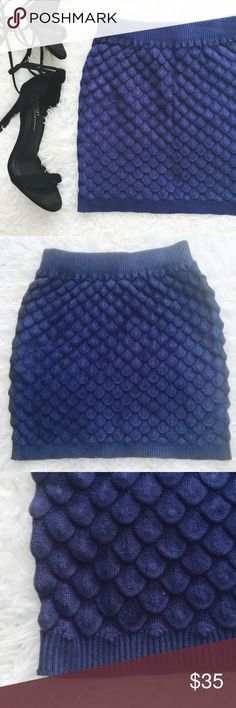 Royal Blue Scallop Mini Skirt Soft and stretchy knit skirt. Ribbed waist and hem. Labeled as ONE SIZE but best fits a XS-M frame, please refer to my measurements.  MEASUREMENTS (laying flat) Waist: 9in - 16in (relaxed - stretched) Waist to hem: 12in   •USE OFFER FEATURE TO NEGOTIATE  •BUNDLE TO SAVE  •NO OUTSIDE TRANSACTIONS •NO TRADES Skirts Mini