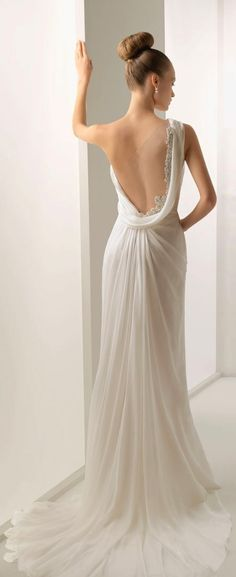 :::: Luv to Look ::: Style   Hair   Makeup   Trends   Beauty   Fashion: Back wedding dress- Gorgeous