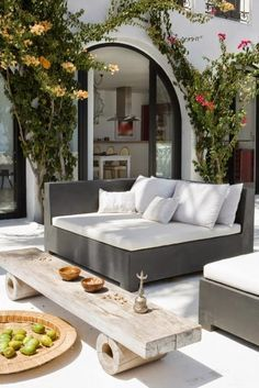 With the most suitable style and decor, you can make a lovely patio area for your home. You can receive the help, ideas, and the patio decor you will need to make the ideal area in your house. Decide where you would like your patio. Daybed Outdoor, Outdoor Seating, Outdoor Furniture, Furniture Ideas, Lounge Seating, Lounge Couch, Backyard Furniture, Garden Seating, Outdoor Lounge
