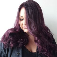 long black hair with ash purple highlights Violet Brown Hair, Violet Hair Colors, Brown Hair Shades, Plum Hair, Medium Brown Hair, Brown Hair Colors, Purple Hair, Dark Hair, Ash Brown