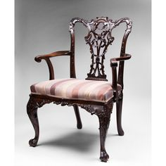 Exceptionnel 19th C. Mahogany Ribbon Carved Chippendale Armchair