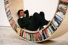Circular bookcase / David Garcia just add some pillows and it's perfect!