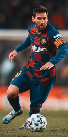 French Football Players, Football Boys, Soccer Players, Fc Barcelona Players, Barcelona Football, Messi Vs Ronaldo, Messi 10, Messi Goals, Lionel Messi Wallpapers