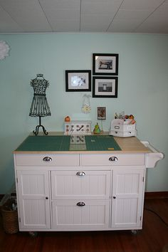 another kitchen island used as a cutting table #sewing #quilting #crafting http://www.flickr.com/photos/chmihen/
