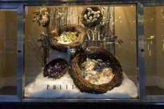 Retail Christmas Displays | Image: Jenna Marie Wakani)