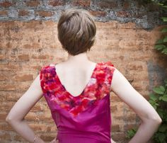 Onirica pink, pure silk dress, seen from the back.