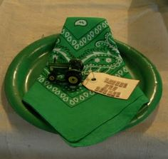 John Deere Birthday, place setting and party favor