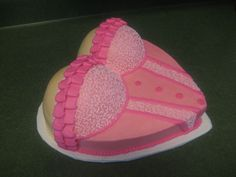 Lingerie Shower Cake When someone ask me if I could make a cute cake for a lingerie shower, I knew just where to look. Corset Cake, Bachelor Cake, 18th Cake, Cake Central, French Vanilla, Cute Cakes, Buttercream Frosting, Cream Cake, Shower Cakes
