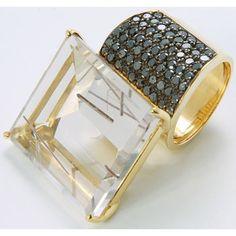 Anel de ouro 18k (27.17gr), quartzo rutilado (59.50 ct) e brilhantes negro (1.57ct)