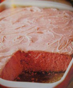 A Sweet Valentine's Day Recipe from Trisha Yearwood | WomenWorking.com Lizzie's Strawberry Cake