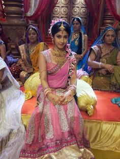 Beautiful Girl Indian, Beautiful Girl Image, Most Beautiful Indian Actress, Beautiful Saree, Beautiful Bride, Indian Bridal Photos, Indian Bridal Outfits, Wedding Saree Collection, Bridal Collection