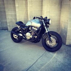 """""""Honda CB1000 Cafe Project. Done! 90HP / 62ftlbs of torque at rear wheel. Definitely doing the ton on this one. #motochopshop #madetoride #triumph…"""""""