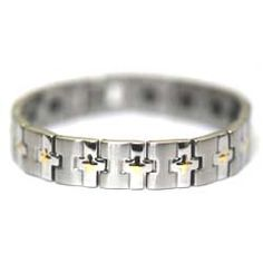 Bracelets are unisex: since ancient times, they have been worn by both men and women. Why not remind your man about those times with the help of a stylish bracelet?