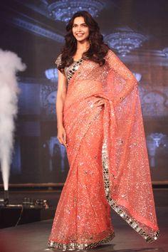 Deepika Padukone at the trailer launch of 'Happy New Year'.