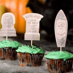 Haunted Mansion Cupcake Tombstones - free printable template at http://spoonful.com/printables/haunted-mansion-cupcake-tombstones?cmp=SYN|spoon|Hween2012|Parks|Blog||101112|HM-Cupcake-Tombstones||famMsynergy|Synergy|Parks|