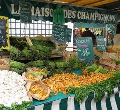 Market Foragers, Down And Out In Paris