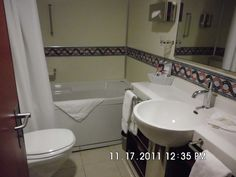 Look how big this Fantasy Suite Bathroom is - Nice