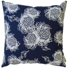 Scatter Cover Garden Bloom Parchment OP on Navy