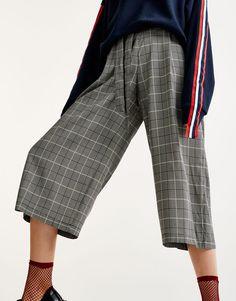 Pull&Bear - mujer - ropa - ropa - pantalones - pantalón culotte cuadros - negro - 09681361-I2017