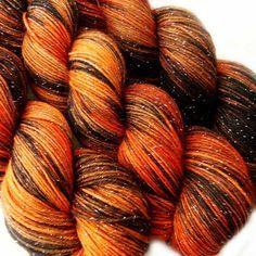 glitter sock yarn ISENGARD Lord of the Rings 70/25/5 sw merino/nylon/stellina 3.5oz / 435 yards