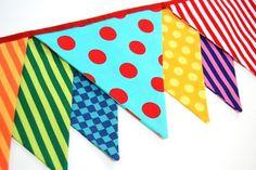 Juliana regala y decora: Caranval en colores: BANDERINES